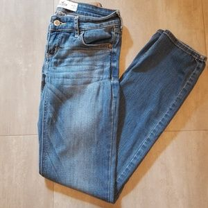 Hollister Straight Jeans A24